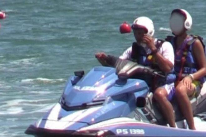 Moto d'acqua della polizia e altre idee per le vacanze
