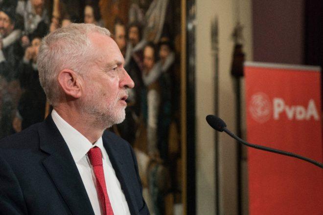 Le elezioni anticipate potrebbero essere un suicidio per il Labour