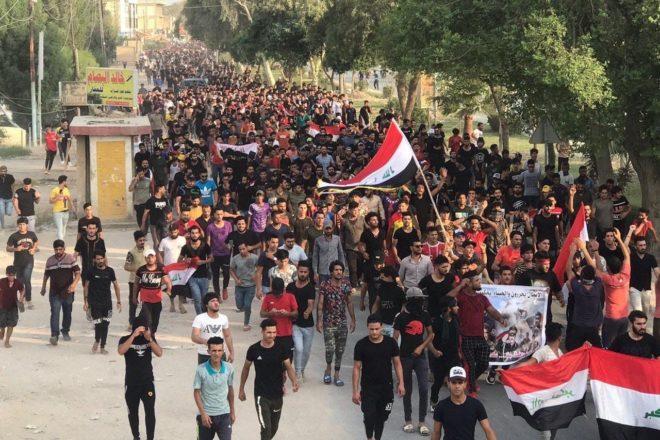 La repressione delle proteste in Iraq si fa sempre più violenta