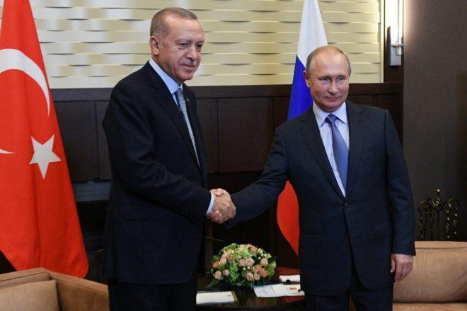 La Russia approva le pretese di Erdogan sul Rojava