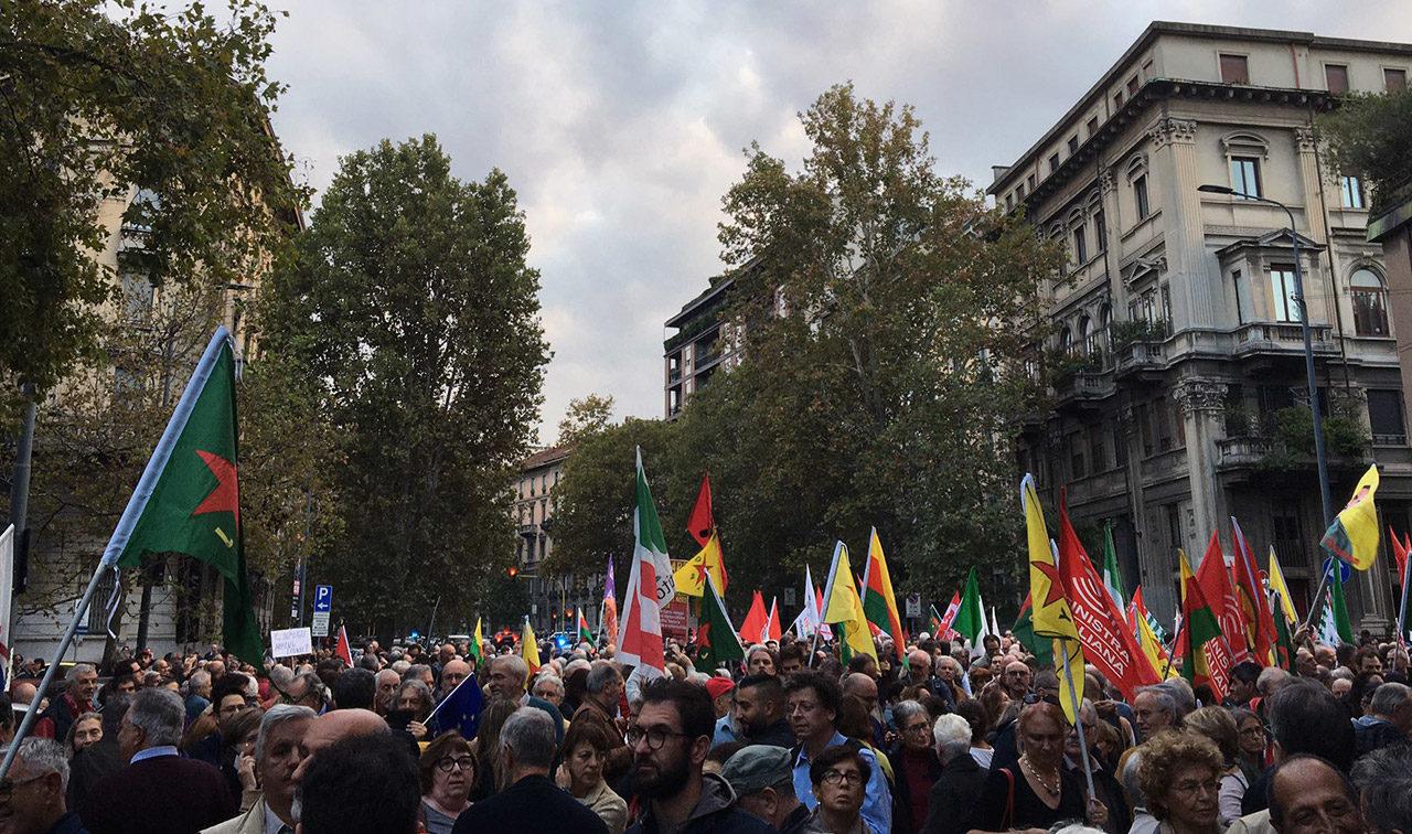 Facebook ha cancellato la pagina di Milano InMovimento perché solidale verso il Rojava