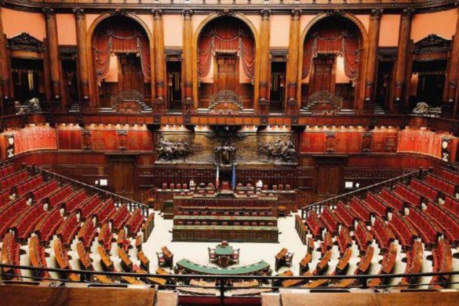 Tutti pazzi per il taglio dei parlamentari