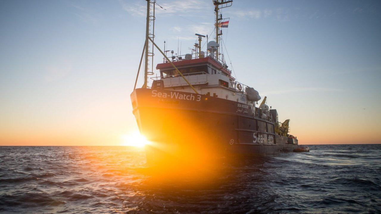 La Sea Watch è libera, ma i decreti sicurezza sono ancora al loro posto