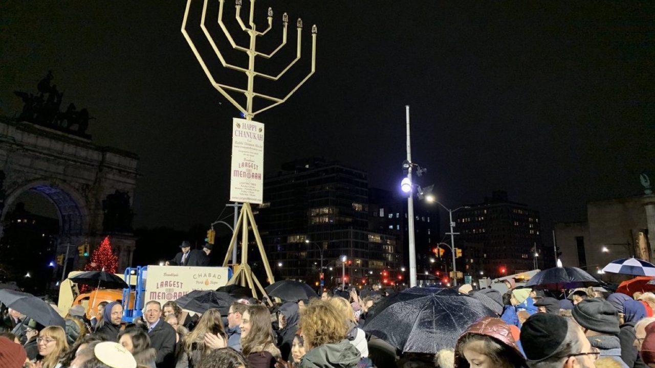 Gli Stati Uniti iniziano a riconoscere che il terrorismo antisemita è una cosa seria