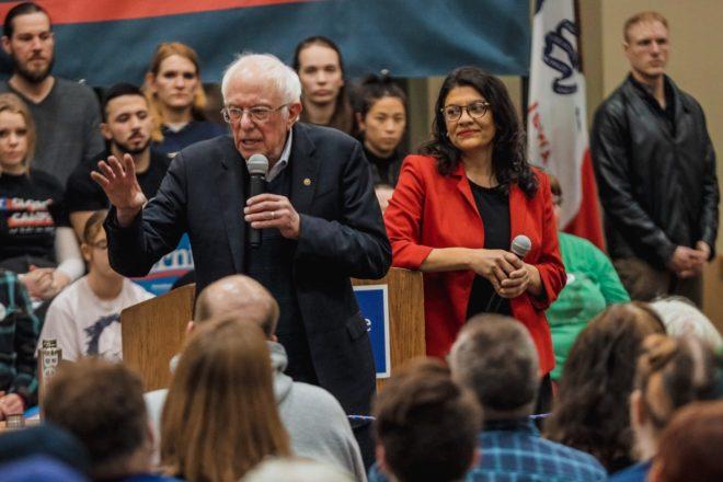 Con le primarie in Iowa Bernie Sanders si gioca tutto