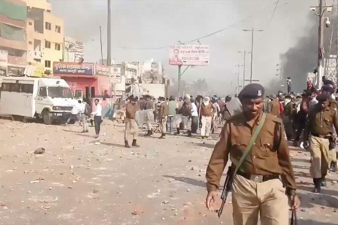 A Nuova Delhi le violenze anti-musulmane vanno avanti da tre giorni