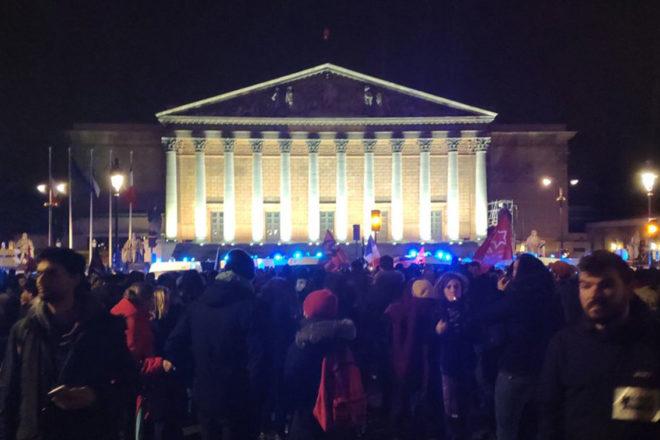 In Francia si protesta contro la riforma delle pensioni da oltre 90 giorni