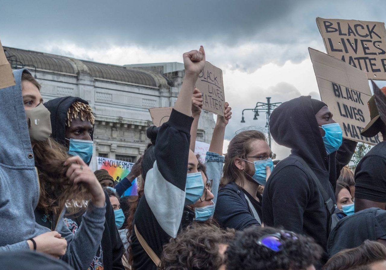 Tra statue e Via col vento, il dibattito sul razzismo in Italia ...