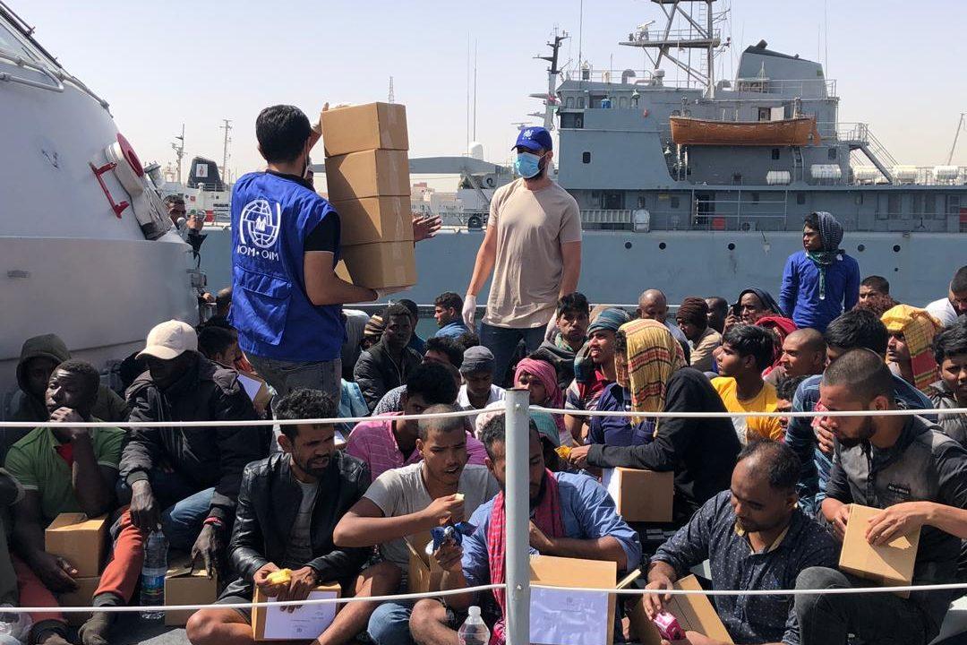 Il Senato ha rinnovato la missione militare in Libia: è una vergogna