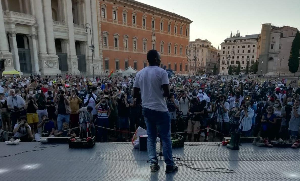 Lavoro, diritti, giustizia: le proposte degli Stati popolari in piazza San Giovanni