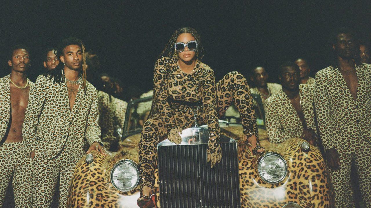 Black is King celebra l'Africa, ma attraverso la lente del capitalismo statunitense