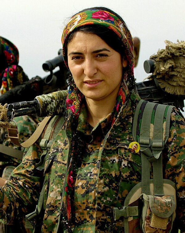 Il Rojava continua a resistere, un anno dopo