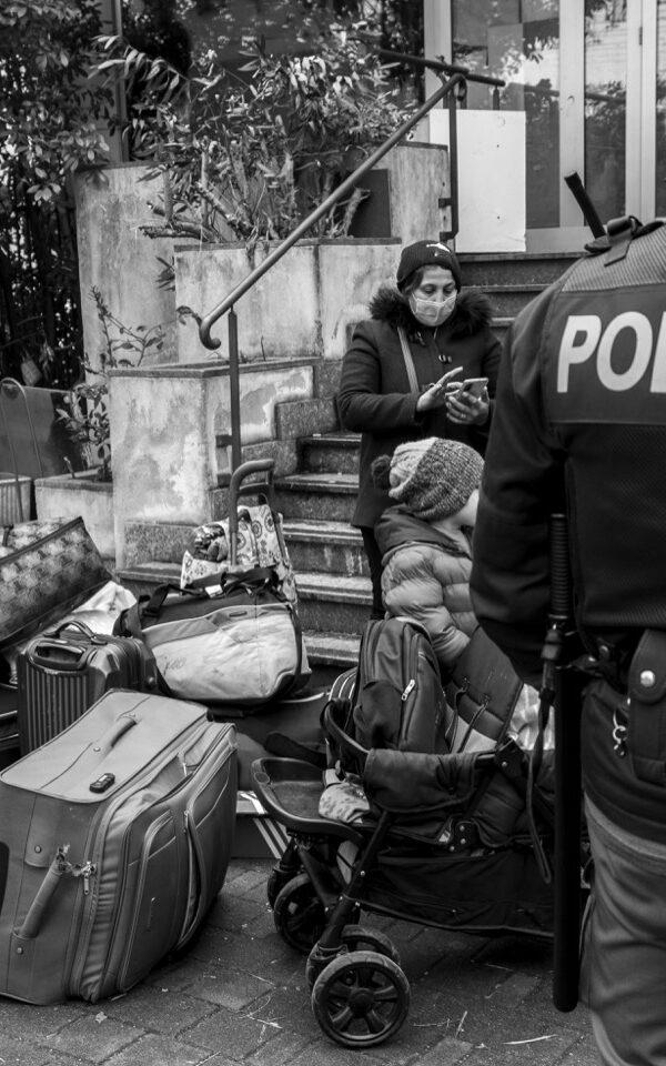 L'ennesimo sgombero a Milano, nonostante il blocco degli sfratti
