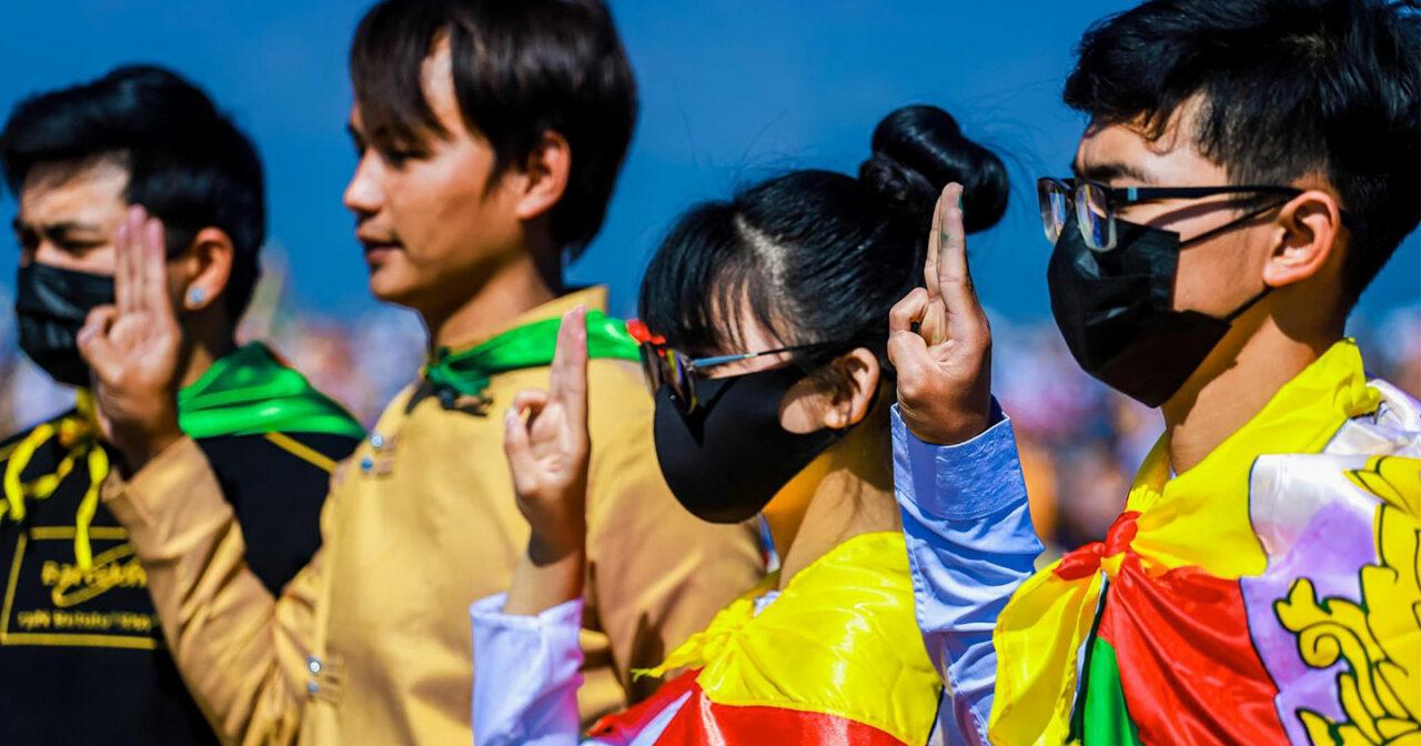 https://thesubmarine.it/wp-content/uploads/2021/03/myanmar-proteste-1280x672.jpg