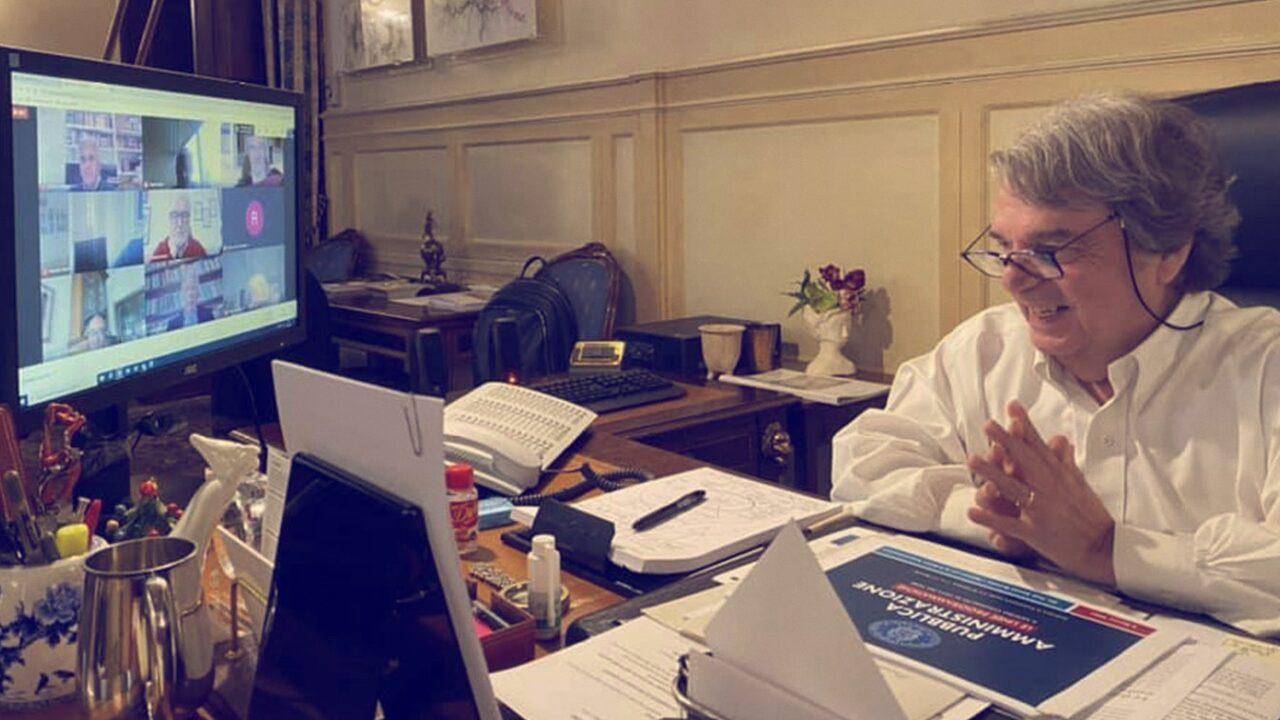 Brunetta vuole ringiovanire la Pubblica Amministrazione, ma discrimina i neolaureati e i meno ricchi