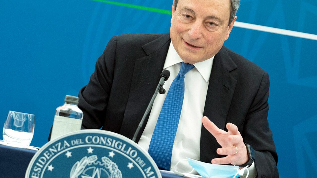 Con Draghi continua la gestione miope, superficiale e classista della pandemia