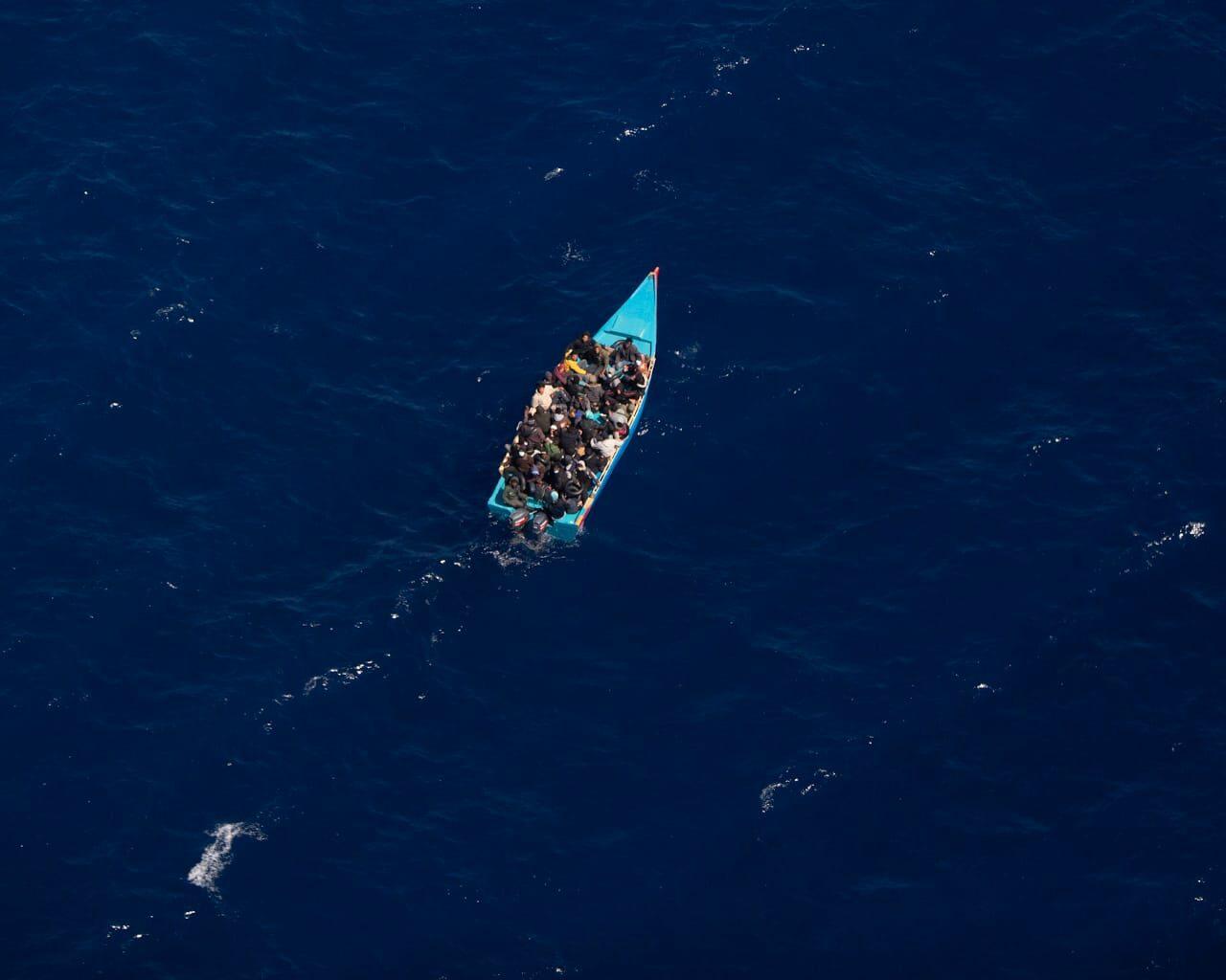 """""""Oggi è giorno libero."""" Così le autorità libiche e italiane hanno lasciato morire centinaia di persone in mare"""
