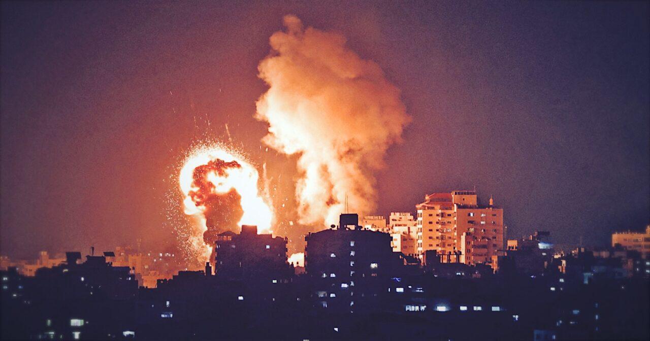 https://thesubmarine.it/wp-content/uploads/2021/05/bomb-gaza-cover-1280x672.jpg